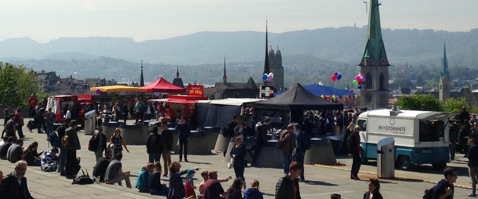 Lunch Market Polyterrasse Zürich